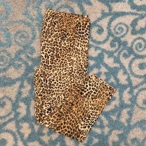 Other - Soft leopard Capri leggings